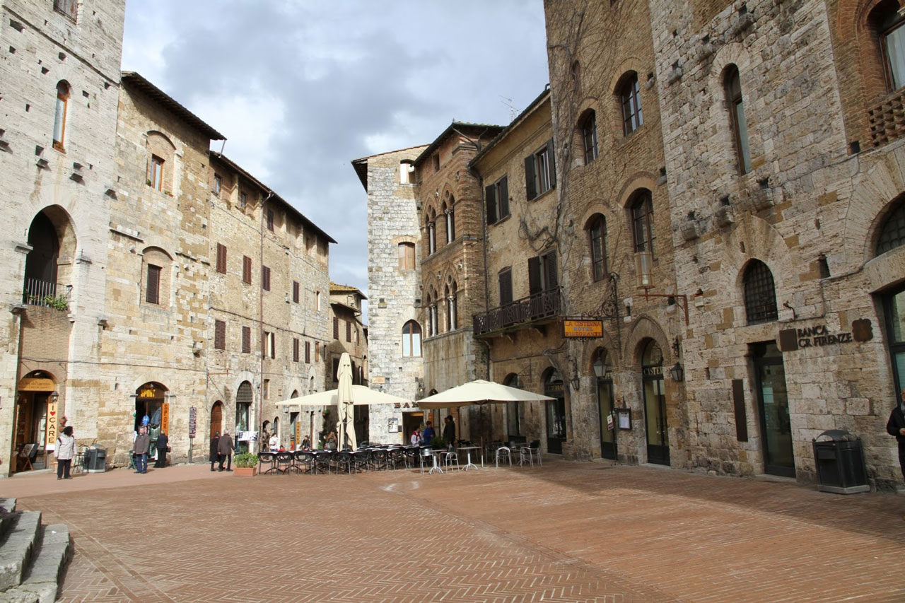 San-gimignano-toscana-italy San Gimignano, Tuscany - Where an architect has much to learn
