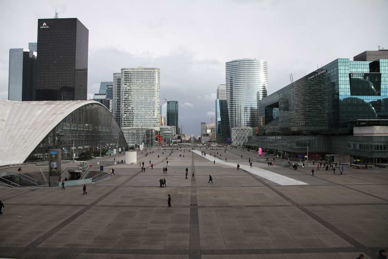 IMG_0812_edited Grande Arche in Paris - The biggest and less loved Celebrative Monument