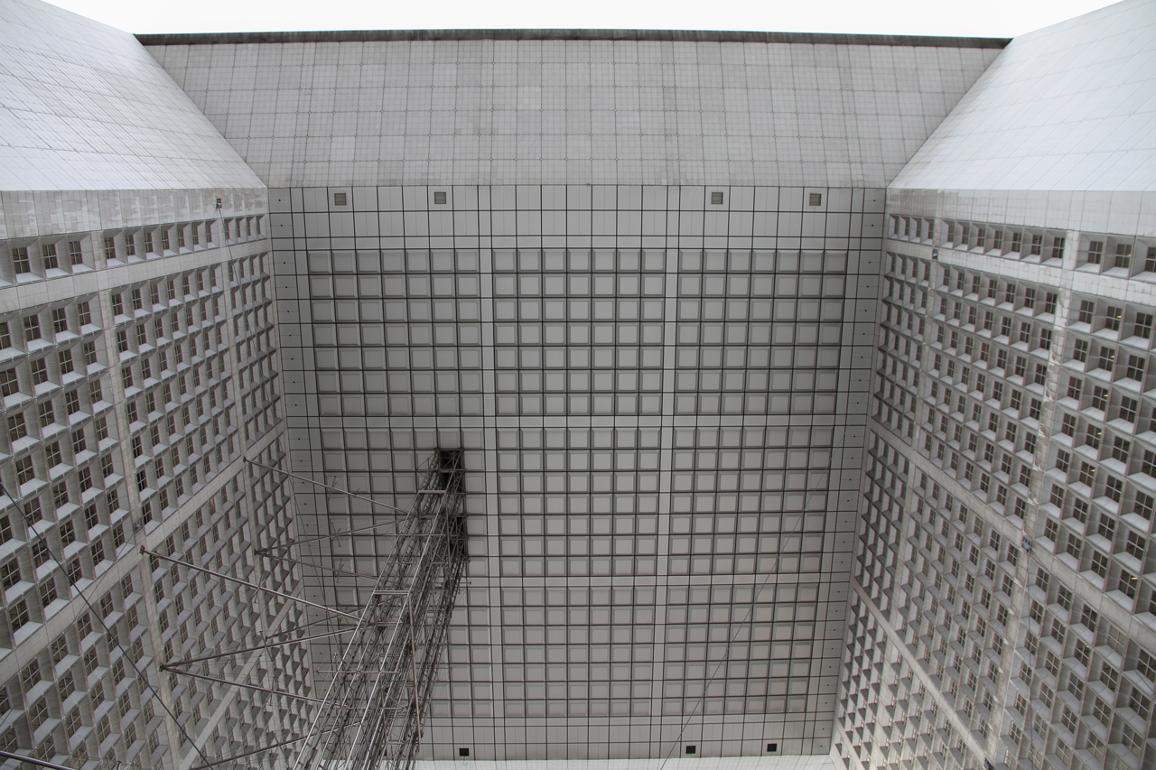 IMG_0824_edited Grande Arche in Paris - The biggest and less loved Celebrative Monument