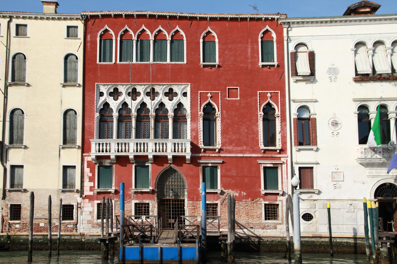 Venice_facades_architecture This is why Venice is the most beautiful city in the world - A series of 40 facades of Venice