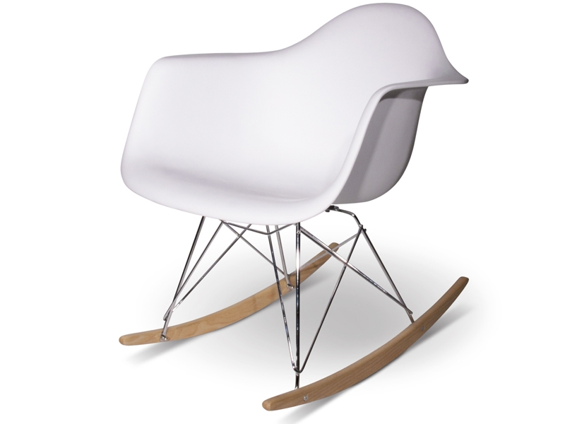 eames-rocking-chair-rar-bianco_20140514112049.9004 A selection of the most famous and influential chairs of '900