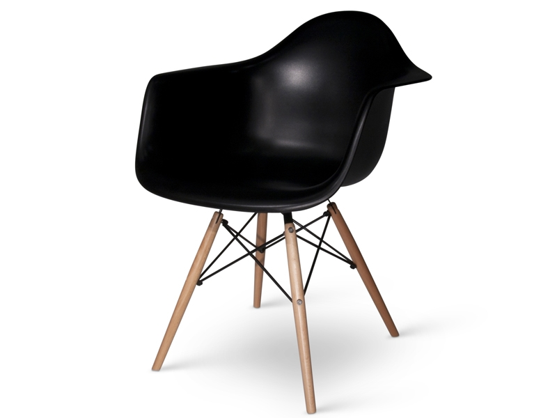 sedia-eames-daw-nero_20120124130827.5618 A selection of the most famous and influential chairs of '900