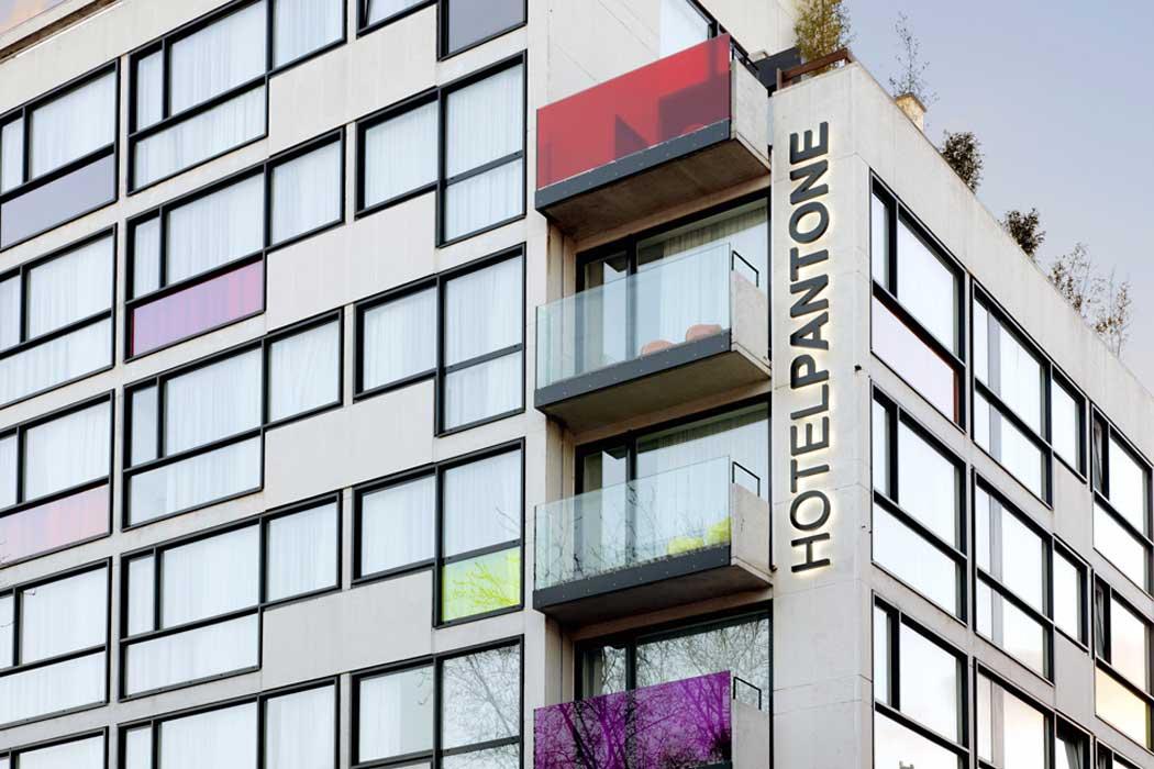 pantone_hotel_hqroom_ru_3