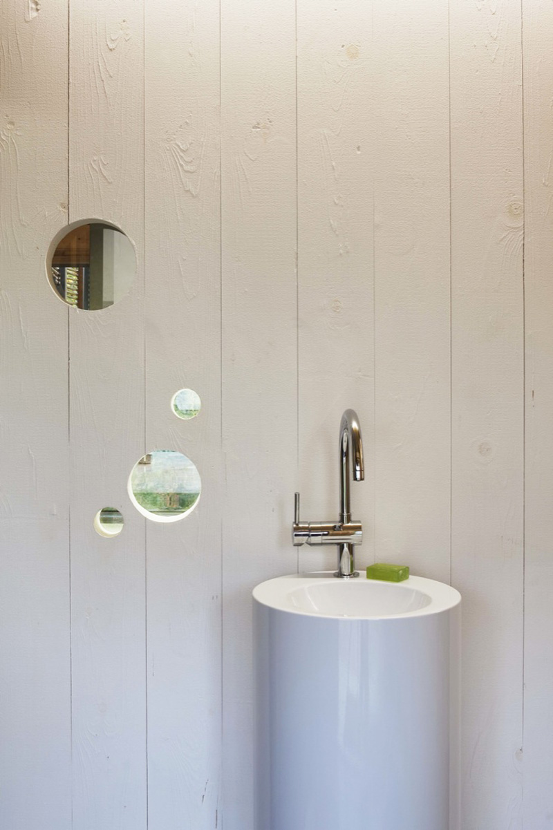 Karawitz-Architecture-bathroom