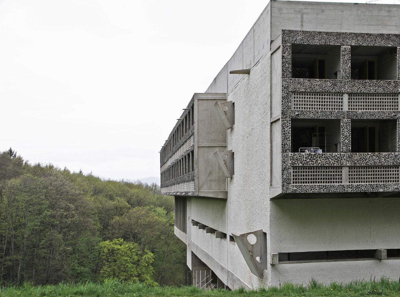 Couvent de la tourette le corbusier 39 s masterpiece or for Architecture le corbusier
