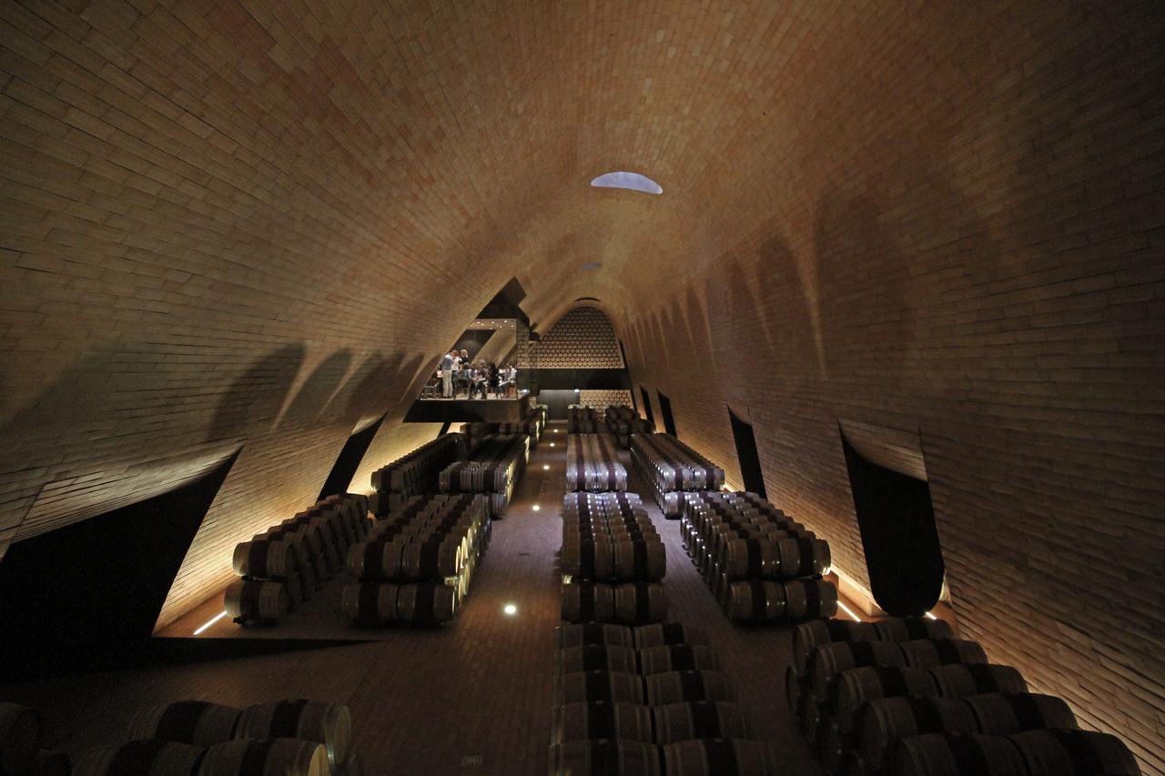 Cantina Archea  Cantina Antinori nel Chianti classico - Studio ARCHEA Associati