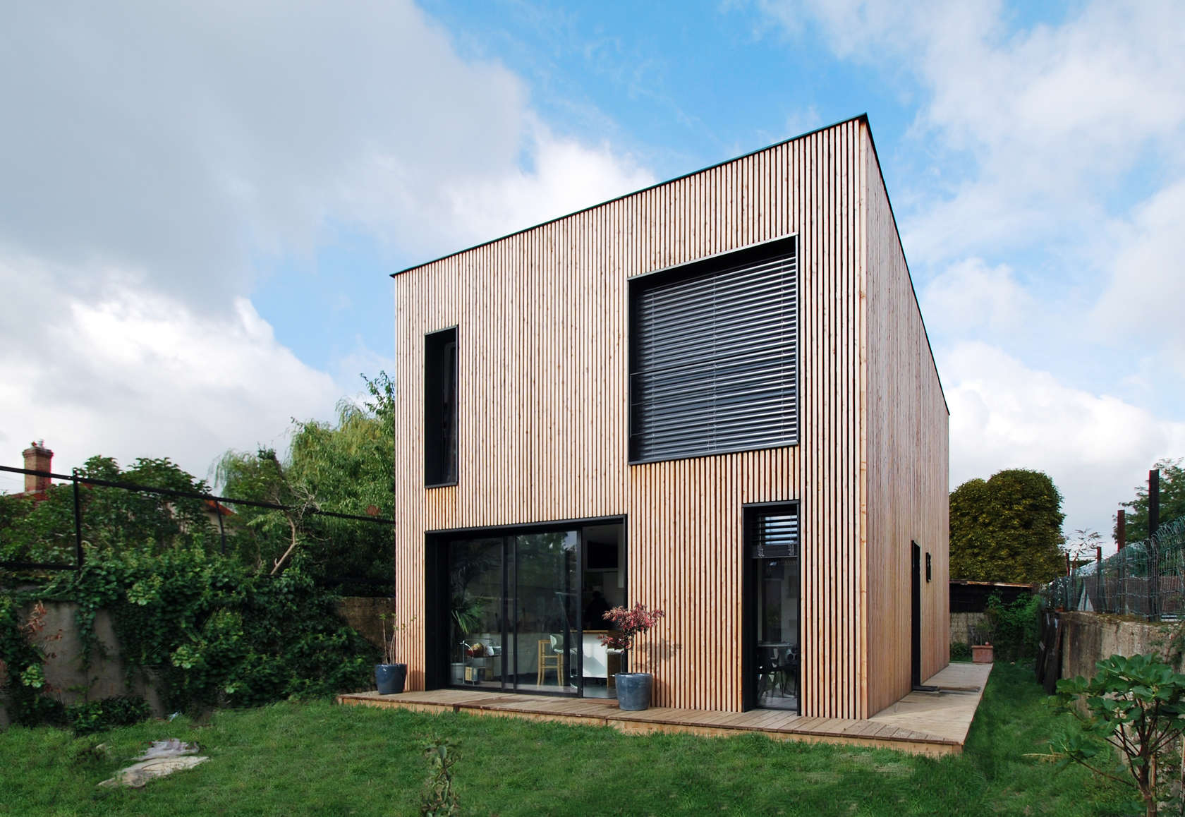 Wood House (6) Wooden Houses: a series of residential buildings that chose it proudly