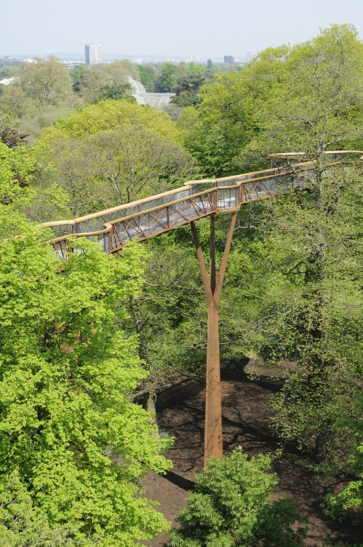 Kew Tree Top Walkway & Rhizotron - Marks Barfield Architects Pedestrian Bridges: 9 great examples of Landscape Design