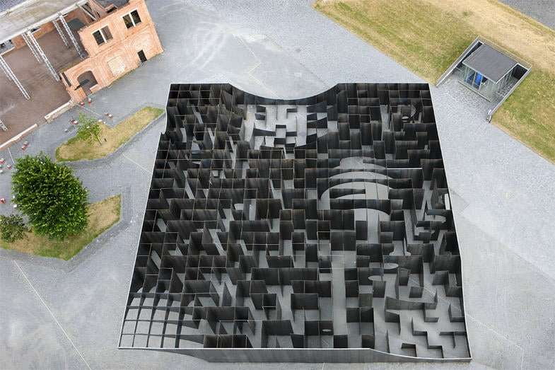 urban labyrinth