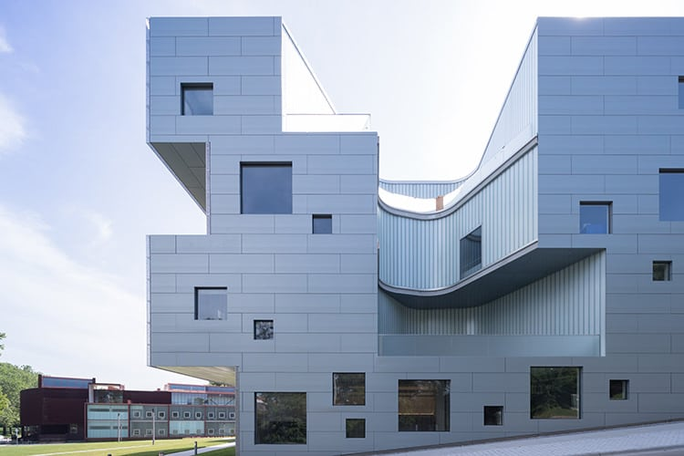 Steven Holl Steven Holl | Life, Architecture, Publications, Videos and useful links