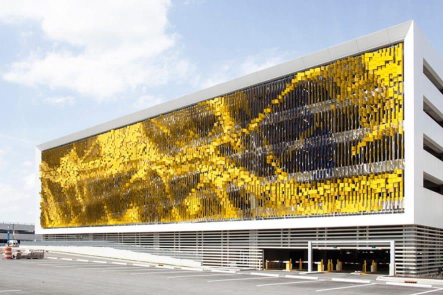 dynamic facade