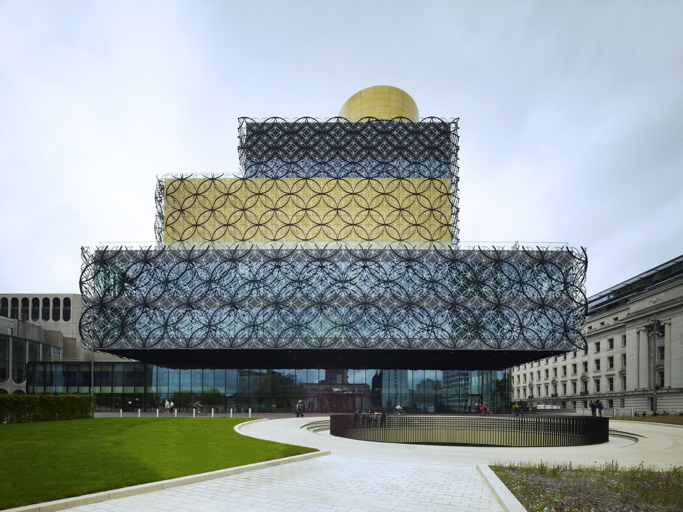 Library of Birmingham by Mecanoo, Photo by Christian Richters [archiseeds] Library of Birmingham by Mecanoo