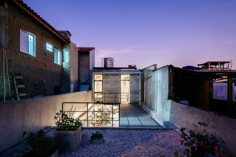 Vila Matilde House [archiseeds] Vila Matilde House by Terra e Tuma Arquitetos Associados
