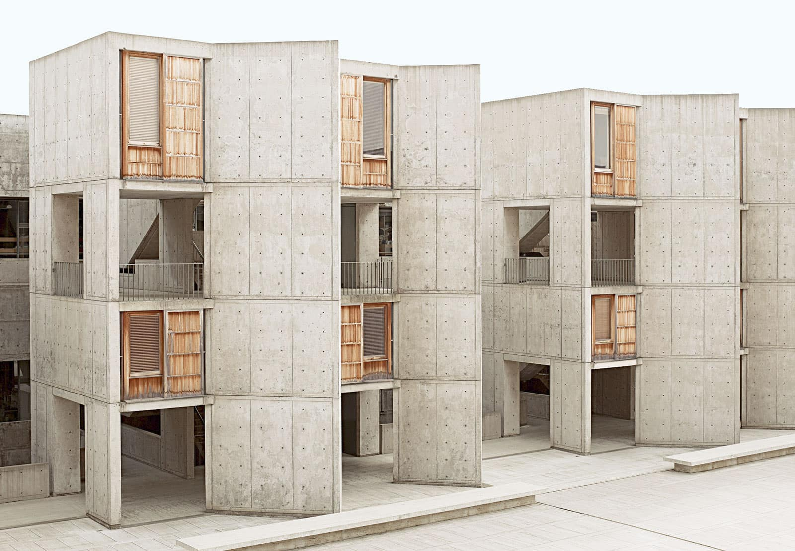 louis kahn and the salk institute essay Kahn's salk institute: measuring the immeasurable the salk institute is perhaps the most famous project of architect louis kahn it is an attempt by kahn and his client, jonas salk, to connect the disciplines of art and science as a synthesis of intuition and reason along with a number of other.