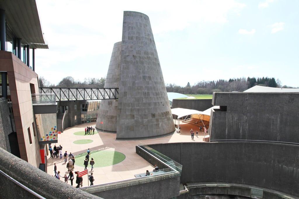 vulcania theme park